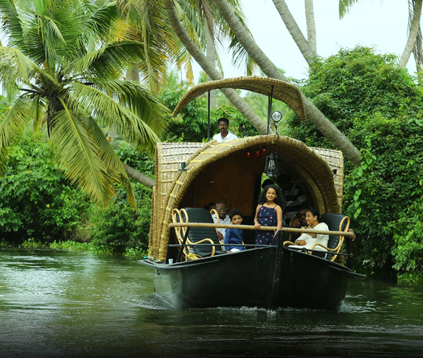 Dominar Cochin Home: One Day Village Backwater Tour From Cochin / Kochi